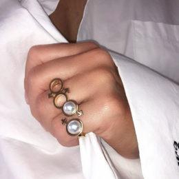 Ilona-Orel-Venus&Mars-Ring-Toi&Moi-Mars